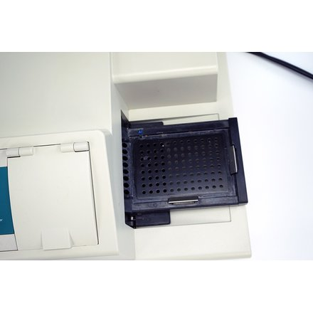Molecular Devices SpectraMax Plus Microplate Reader S/N: 02927 SoftMax Pro 5